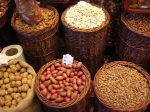 nuts-1325813